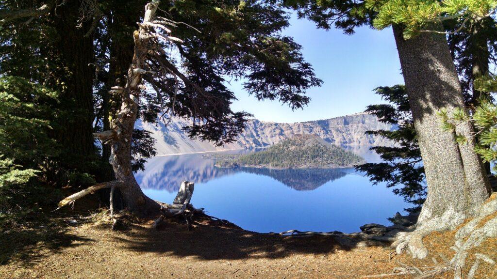 crater-lake-alaska
