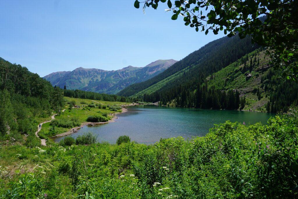 maroon-lake